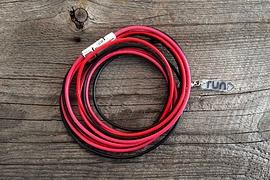 Bracelet en cuir rouge, noir & rose avec breloque