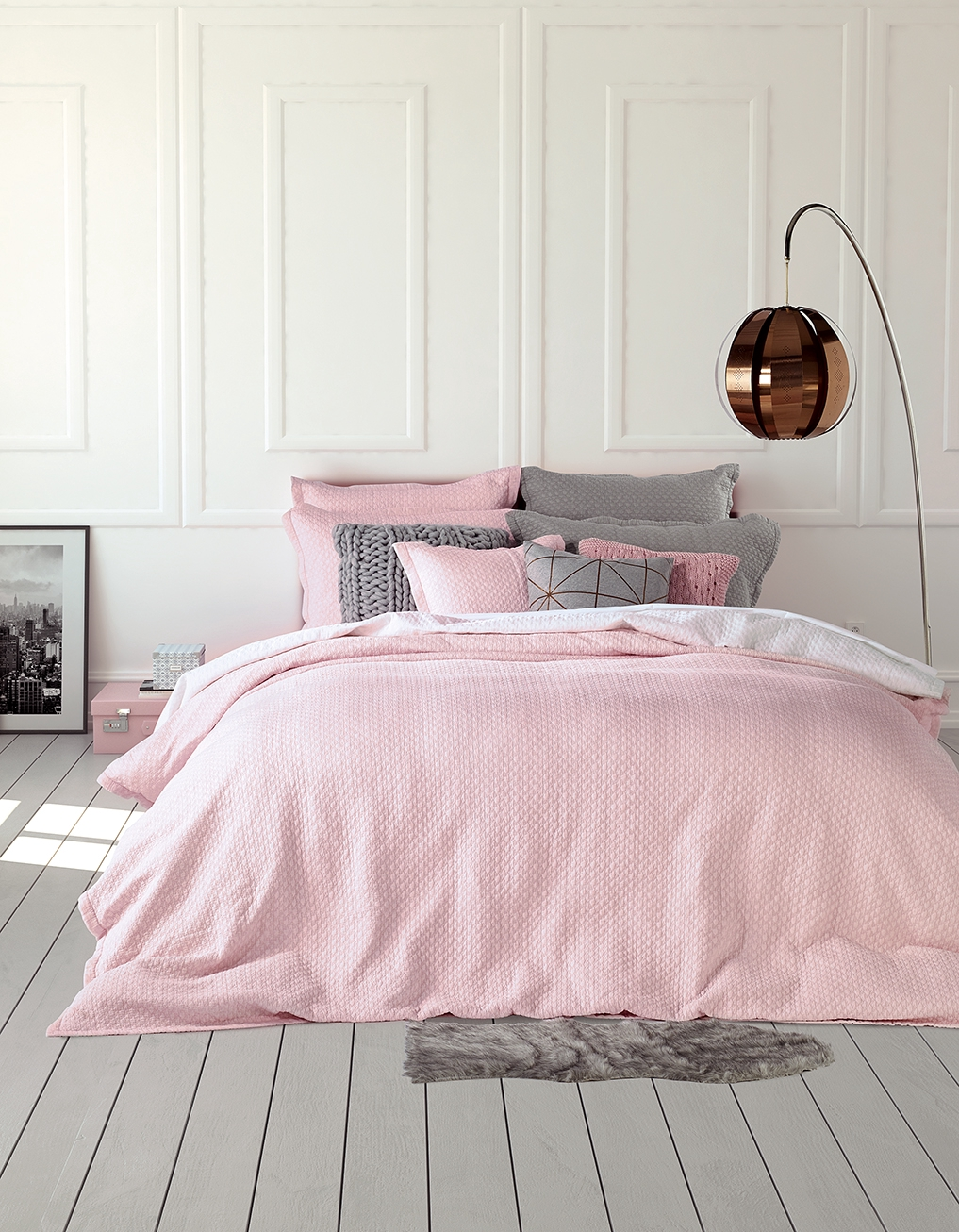 housse de couette chanel rose. Black Bedroom Furniture Sets. Home Design Ideas