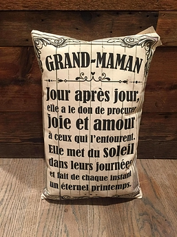 "Coussin ""Grand-maman"""