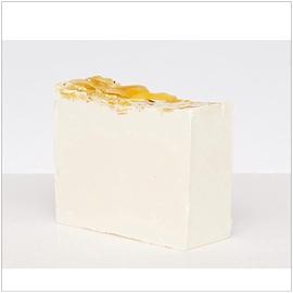 Savon pour le visage Torrone; biscuit et lait