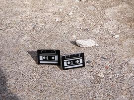 Boucle d'oreille cassette