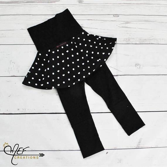 Jupe avec legging intégré évolutif pour bébé et enfants à motifs de petits  pois et coeurs ... 45a9c02f237