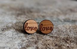 Boucles d'oreilles LOVE par Julie Dupont