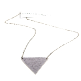 Collier court triangle Mauve