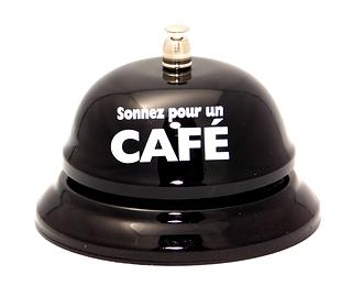 Cloche, Sonnez Pour Un Café