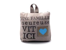 Butoir gris Une Famille...
