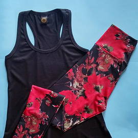 RED FLOWERS Look - (Get 15% off)