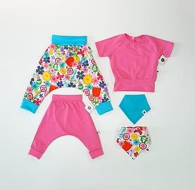 Vêtements évolutifs fleurs/bébé petite fille