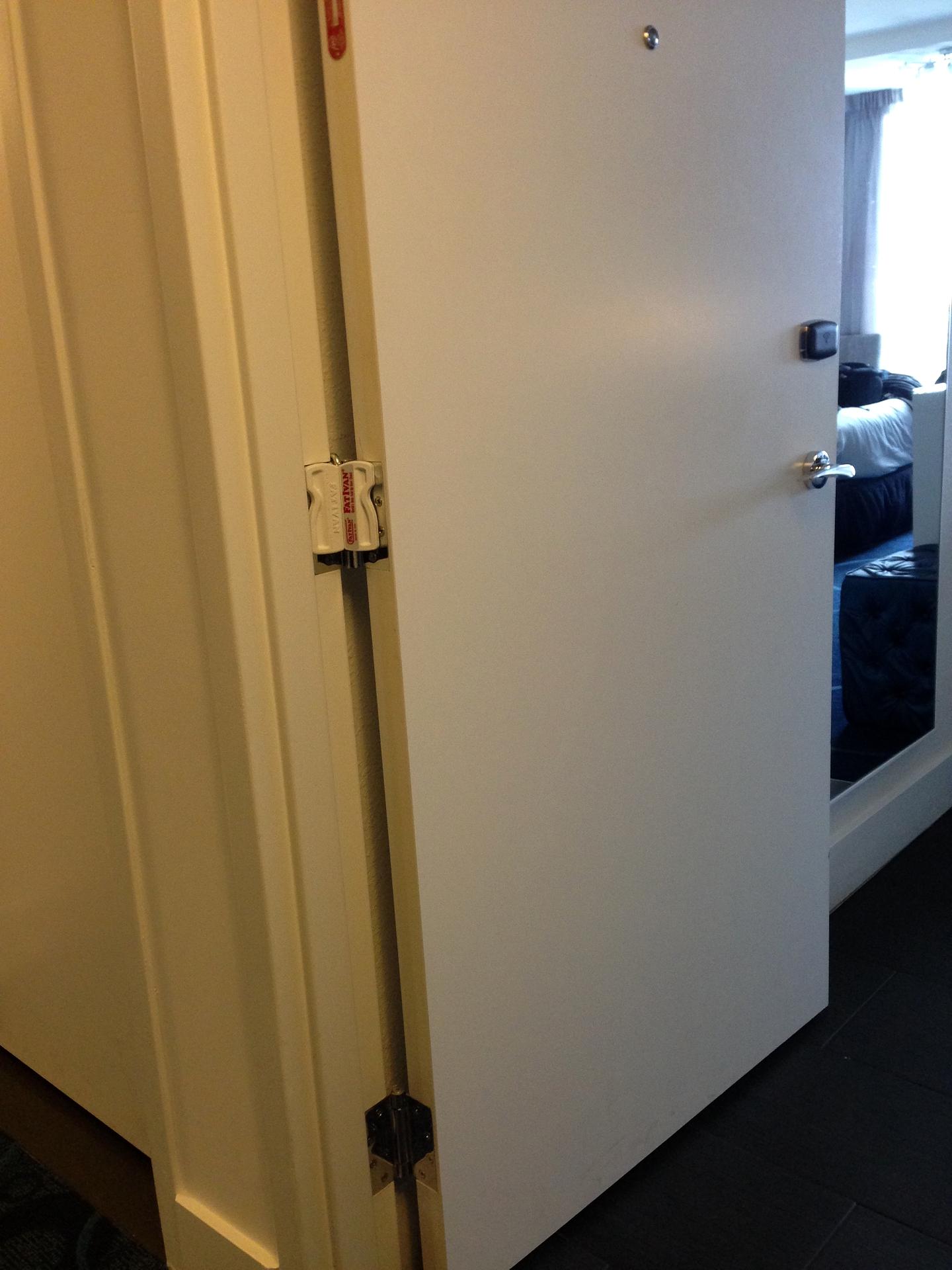 ... HEAVY DUTY DOOR STOPPER - FatIvan Original ... & HEAVY DUTY DOOR STOPPER - FatIvan Original | SAFETY BOULEVARD ...