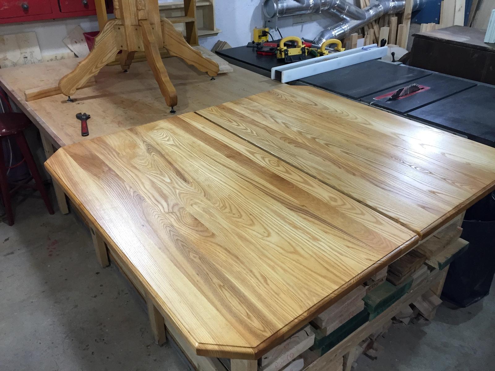 Restauration d 39 armoire de cuisine meuble decaper finition for Restauration de meubles
