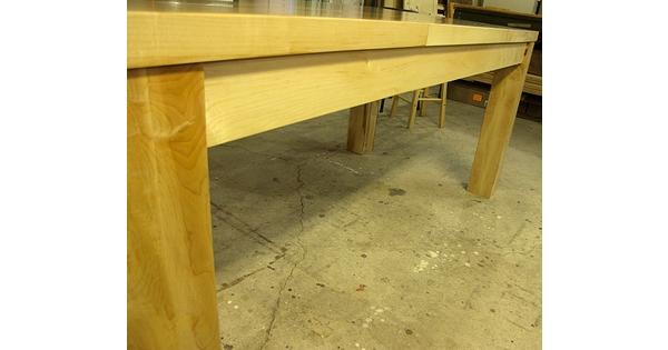 Table sur mesure salle a manger cuisine moderne lanaudiere for Table exterieur sur mesure