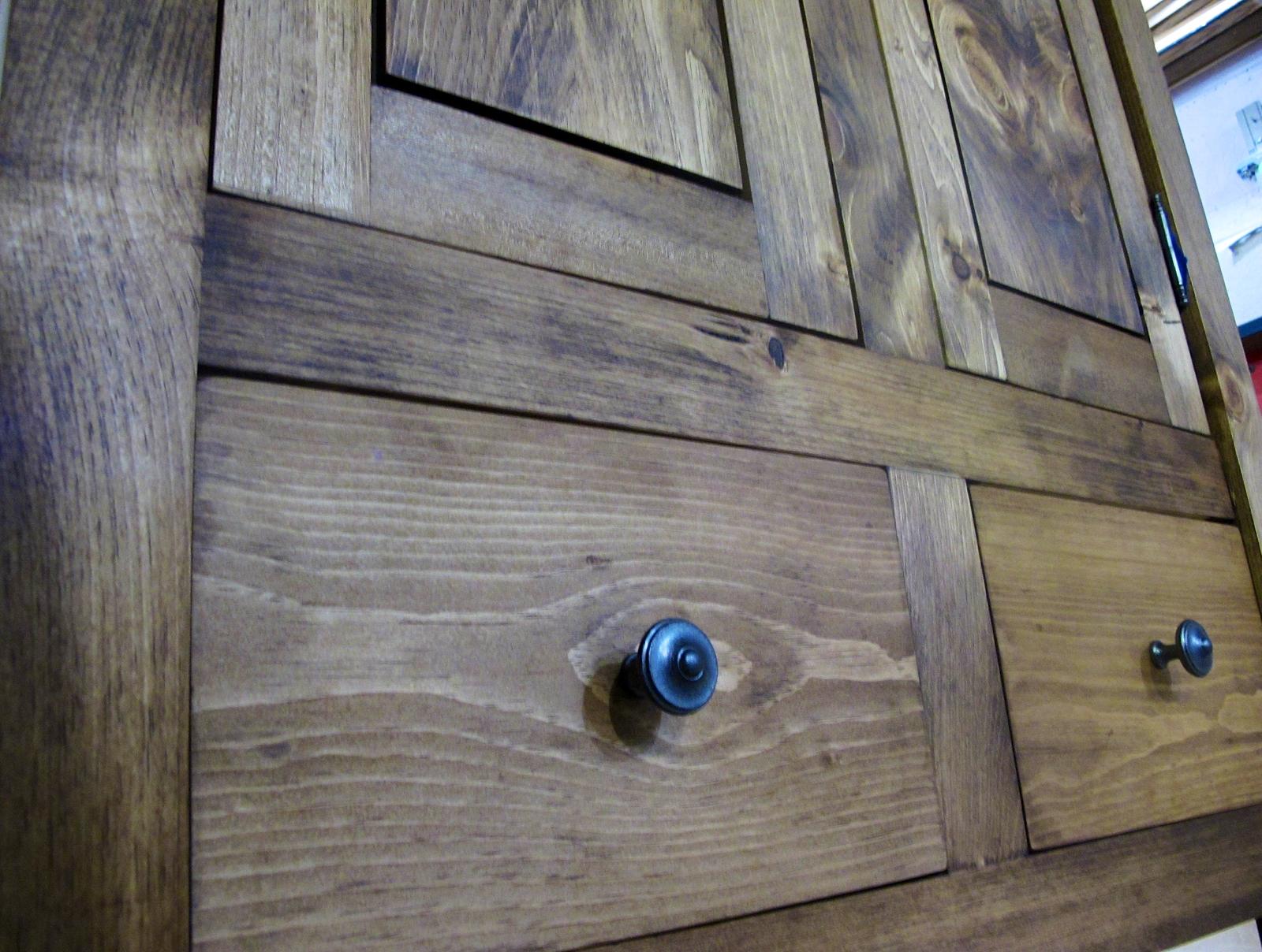 Armoire en pin sur mesure antique moderne lanaudiere - Armoire sur mesure en ligne ...
