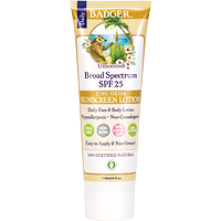 Badger Daily Sunscreen Lotion SPF 25 Unscented  118 ml
