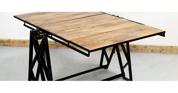 Tables d ner style industriel look usine xixe acier et for Table style usine