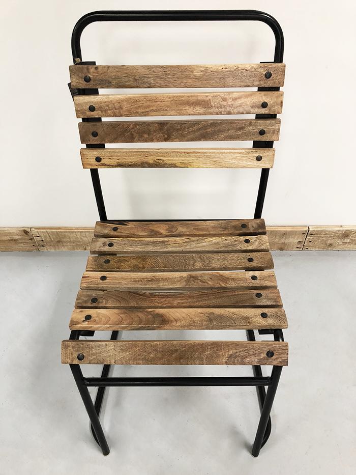 chaise en acier assise et dossier en latte de bois de manguier - Chaise Acier